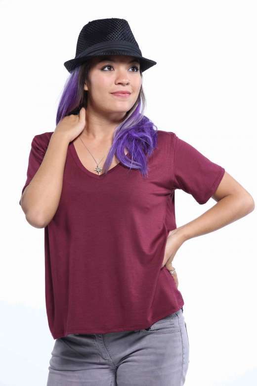 Women's Black V-Neck Tee by All Seasons By GROOV3